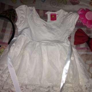 White dress w/ lace 👗