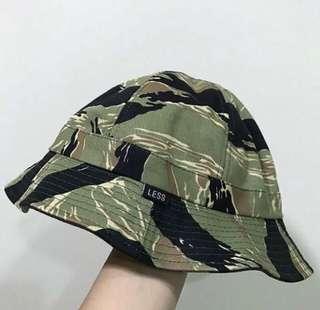 LESS 虎斑越戰迷彩/可雙面戴用漁夫帽