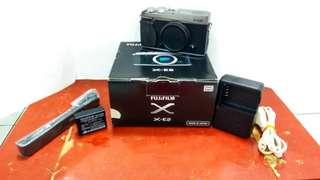 Kamera Mirrorless Fujifilm XE2 BO silver