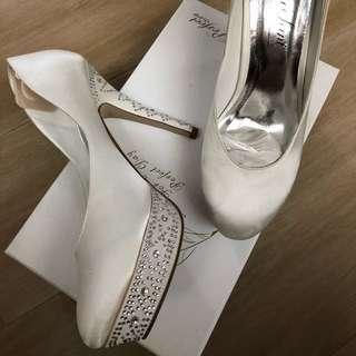 婚紗高踭鞋 婚後物資 結婚 婚禮