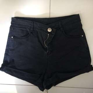 F21 BLACK HIGH WAISTED SHORTS
