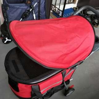 Pet stroller / pram