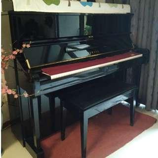Yamaha Upright Piano U1 PE