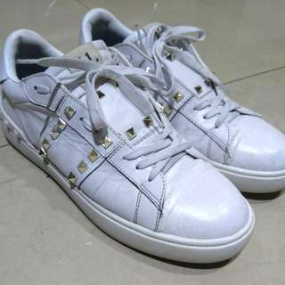 Valentino sneakers uk9 白色