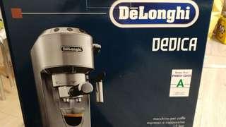 Delonghi 咖啡機