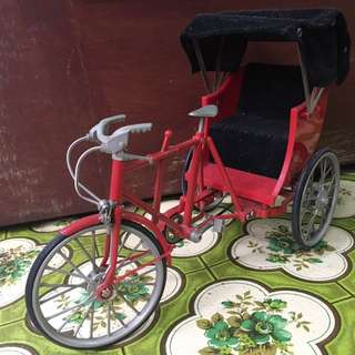 Red Trishaw Miniature