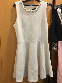 Icons - Dress Cream