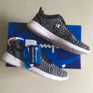 Champions Sneakers