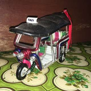 Miniature Bangkok Tuk Tuk Cab