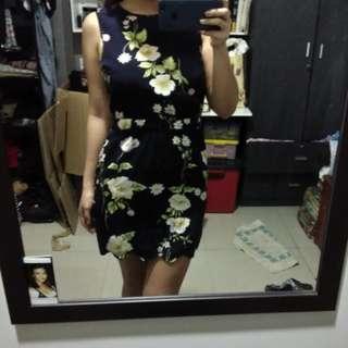 Bycorpus scallop hem dress