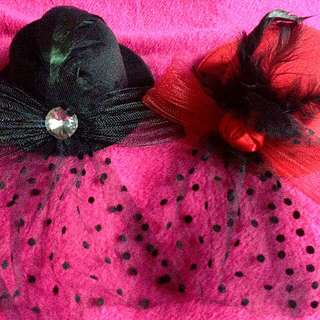 🎩 2 pcs Small Hat (Red and Black)