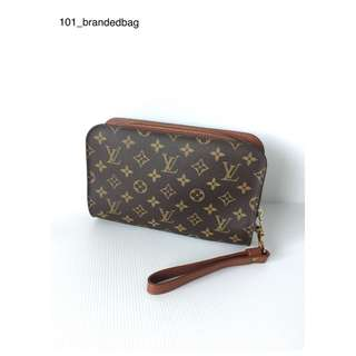 Louis Vuitton Men's Clutch