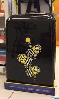 Minions suitcase 26吋行李喼