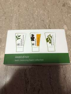 Innisfree Cleansing foam set ( green tea volcanic clay and olive oil )