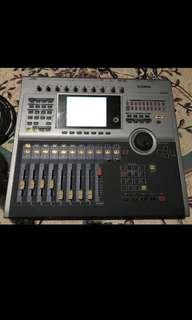 Yamaha AW2816 Workstation