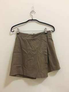 🚚 卡其褲裙