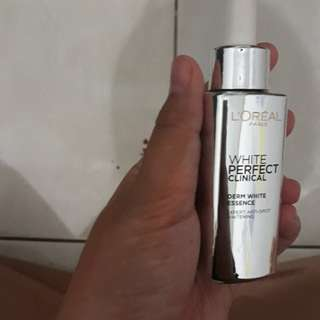 Loreal White Perfect Clinical Derm White Essence