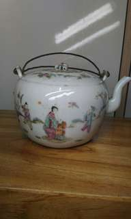 清未民國粉彩茶壺