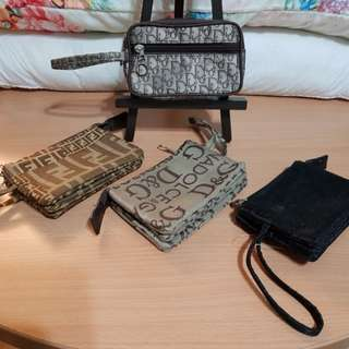 Wristlet - notes, coins and card