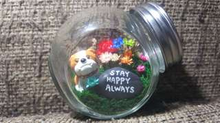 Frozen fowers mini terrarium