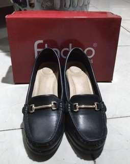 Fladeo Woman Shoes / Sepatu Fladeo Hitam