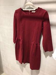 春秋酒紅色洋裝