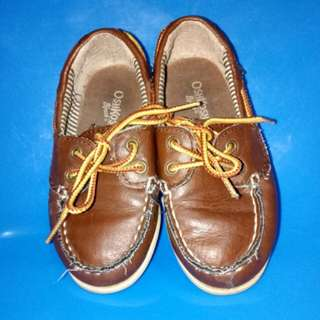 Oshkosh topsider shoes