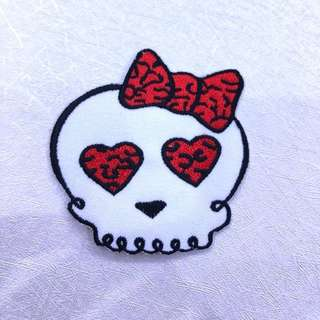 Iron On Patch - Heart-eyed Skull