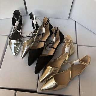 🚚 《早·衣服》花現4月🌹英國平價大牌topshop百搭中空尖頭平底鞋一字帶芭蕾舞鞋羅馬鞋涼鞋(預)