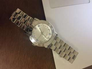 MARC JACOBS AMY SILVER WATCH IN QUARTZ