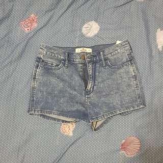 🚚 Hollister 高腰短褲