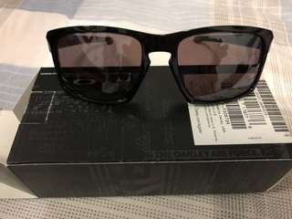 Original Oakley Sunglass New!!!! Receipt soft copy will be provided...open for trade!!!!