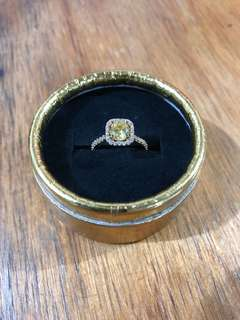 18k ring with Russian Stones