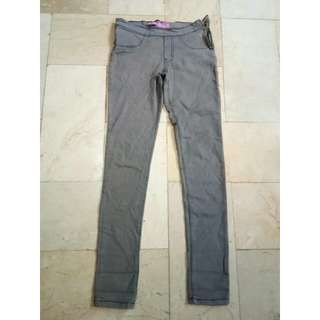 Gray pants side zipper