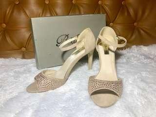 Bellagio authentic heels