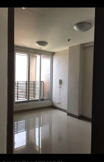 Ortigas Spacious Studio for Rent in San Antonio Village near Ultra and Shaw Blvd