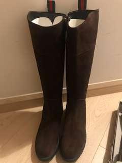 全新Gucci啡色猄皮boots