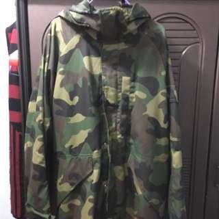 h&m迷彩外套