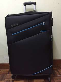 American Tourister Large Check-in Luggage