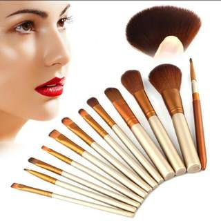 Kabuki Make Up Brushes