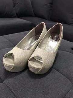 Zanea heels