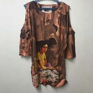 Printed Long Top with shoulder hole