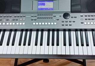 Keyboard PSR S-670