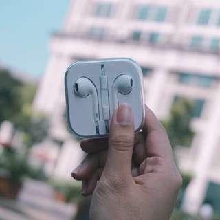 Apple Earphones ❤️