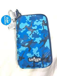 Smiggle media pouch (mid blue)