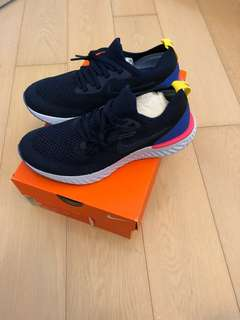 Nike Epic React Flyknit Women US6