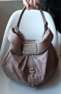 Marc Jacobs gray hobo bag