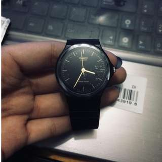 100% RUSHHHH ORIGINAL AND BRAND NEW CASIO VINTAGE WATCH