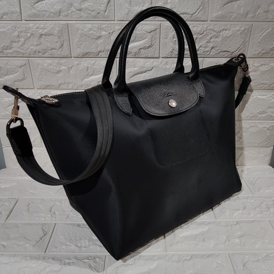 0321713194b5 Authentic longchamp Neo Black small or medium