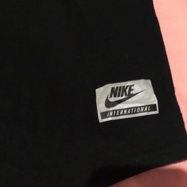 Authentic Nike International Tokyo Long Sleeve Tee Size M